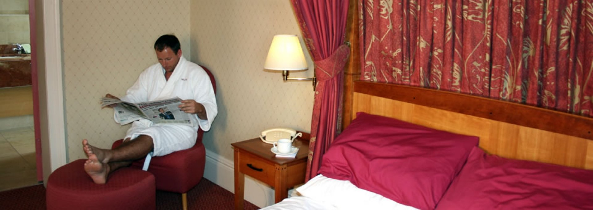 Deluxe suite at The Cairndale Hotel