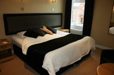 Our double rooms provide comfortable accommodation in the centre of Dumfries
